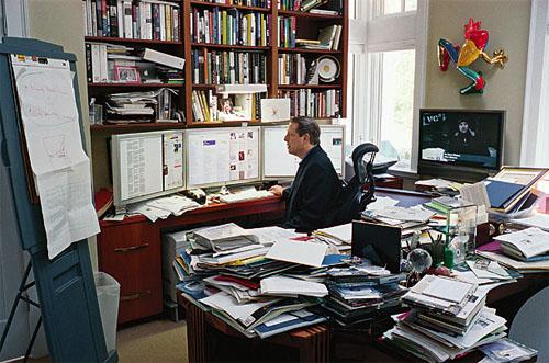 Figure 4: Al Gore sitting at his desk