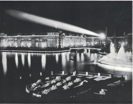 Nightly illumination at the Fair